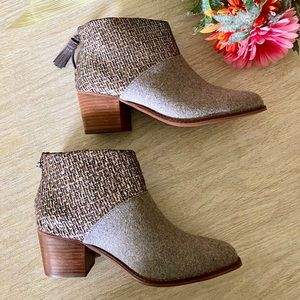 TOMS Gray Felt Shine Boucle Leila Booties